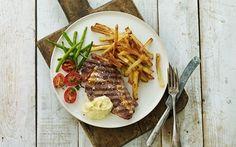 Steak og fritter med kold bearnaisesauce
