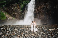 I seriously love elopements so when I had the chance to do an elopement at Franklin Falls I jumped at the chance. Franklin Falls is perfect for elopements. Franklin Falls, Seattle Wedding, Couple Portraits, Great Shots, Niagara Falls, Beautiful Day, Great Places, Family Photos, Elopements