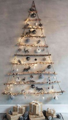 Christmas Tree Themes, Xmas Decorations, Christmas Projects, Christmas Holidays, Merry Christmas, Christmas Ornaments, Holiday Decor, Holiday Ideas, Industrial Christmas Trees