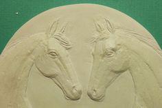 Влюбленные лошади. Изготовление медалей и плакетт  на любую тему. Памятные медали.