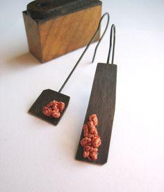 LAUREN MARKLEY-USA - Asymmetrical Rust Earrings - 68$ (57€)