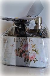 Home Tin Soy Candles, Barware, Tin, Soap, Vintage, Pewter, Vintage Comics, Bar Soap, Soaps