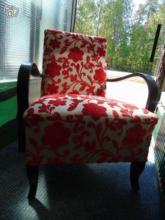 K-tuoli täysin peruskorjattu Wingback Chair, Accent Chairs, Furniture, Home Decor, Eggs, Upholstered Chairs, Decoration Home, Room Decor, Wing Chairs