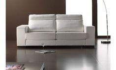 Sofá blanco tres plazas en piel textil