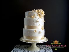 #wedding #cake  something like this but smaller  2 layers would be enough with dessert bar