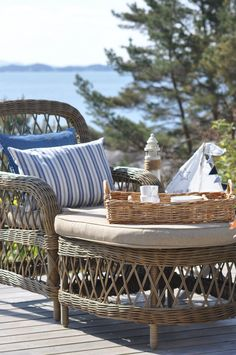 At the lake house Lakeside Living, Coastal Living, Outdoor Living, Pergola, Wicker Chairs, Up House, Coastal Style, Seaside Style, Beach Cottages