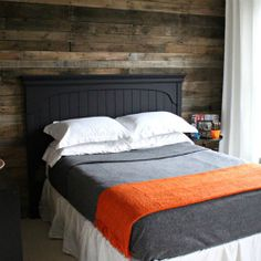 free pallet wall by Girl. Be sure to check out the entire tween bedroom makeover. Home Bedroom, Bedroom Decor, Gray Bedroom, Bedroom Ideas, Bedroom Wall, Master Bedroom, White Bedding, Bedroom Colors, Pallet Wall Decor
