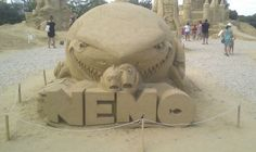 Funny 3D sand sculpture for movie Finding Nemo