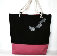 http://de.dawanda.com/product/81395955-handtasche---shopper---tote-bag---strandtasche