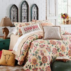 bedding from rods western palacemy daughter would love this vintage flower look cowgirl bedroomwestern