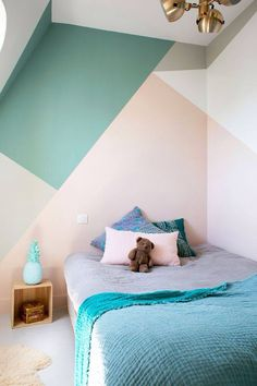 Looking to Geometric Wall Painting Ideas And How To Make It? Here are DIY painted geometric wall decor, How To Paint A Geometric Wall and Dazzling Geometric Walls for the Modern Home. Bedroom Wall, Bedroom Decor, Kids Bedroom Paint, Girls Bedroom, Kids Rooms Decor, Playroom Furniture, Kid Rooms, Bedroom Lighting, Design Bedroom