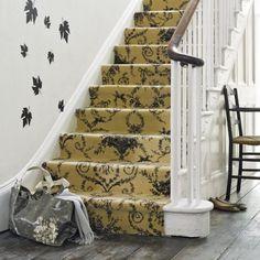 autumnal hallway decorating idea