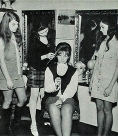 Vintage Everyday Photos Of Beauty Salon Barber Shop In The 1970s