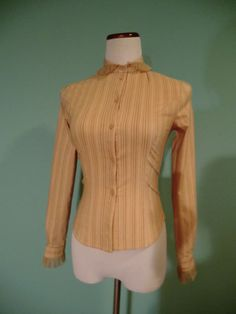 LADY HOUSE EDWARDIAN STYLE BEIGE STRIPED LACE RUFFLED FITTED BLOUSE SMALL