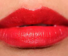 MAC Everyday Diva Mineralize Rich Lipstick Review, Photos, Swatches