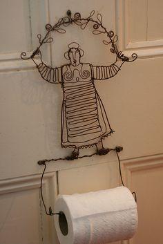 Wire toilet paper holder by fertree33~Jen Bowles, via Flickr