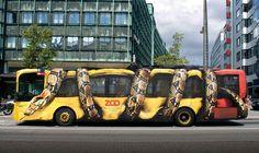 Bus habillé par l'agence danoise Bates Y&R sous la direction artistique de Peder Schack