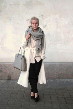 Monochrome autumn outfit