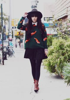 40 Stylish Fall Outfits to Build Around a BlackSkirt | StyleCaster