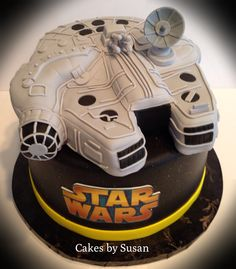 Falcon Star Wars ship grooms cake