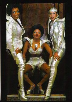 Labelle (Patti LaBelle, Sarah Dash, Nona Hendryx) - The Cosmic Ladies of Soul OL. Music Icon, Soul Music, Indie Music, Urban Music, Soul Singers, Female Singers, Mode Disco, 3 People Costumes, Group Costumes