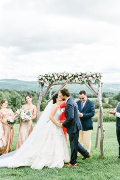 Gilbertsville Farmhouse wedding by Laura Rose Photography Outdoor Wedding Reception, Budget Wedding, Wedding Venues, Outdoor Weddings, Wedding Photo Props, Wedding Photos, Rose Wedding, Summer Wedding, Romantic Weddings