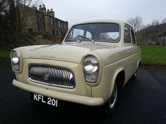 Restored Ford popular 100e, Fantastic and affordable showcar