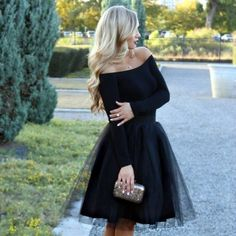Date night tulle skirt inspo. Black tulle skirt by Bliss Tulle Christmas Party Outfits, Holiday Party Outfit, Christmas Party Dresses, Birthday Outfits, Birthday Dresses, Black Tulle Skirt Outfit, Tulle Skirt Outfits, Tutu Skirt Women, Midi Dresses