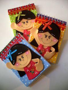 ♥manualidades en foami Foam Crafts, Yarn Crafts, Diy And Crafts, Arts And Crafts, Paper Crafts, Decorate Notebook, Ideas Para Fiestas, Felt Dolls, Bookbinding