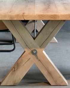 Massief eiken kruispoot tafel Montauro - ROBUUSTE TAFELS! Direct uit voorraad of geheel op maat >>