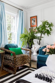 Glam French Bohemian Rhapsody Dining and Living Rooms Glam Living Room, Home And Living, Living Room Decor, Living Rooms, Living Area, Bohemian Interior Design, Interior Design Inspiration, Interior Ideas, Leopard Decor