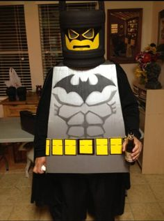 Batman Lego costume fuck yeah!! Lego Costume, Boy Costumes, Costume Ideas, Cake Decorating Tips, Superhero Logos, Nerd, Batman, Halloween, Boys