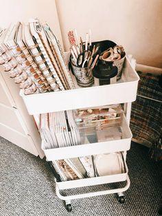 Cute Bedroom Ideas, Room Ideas Bedroom, Cute Room Decor, Storage Ideas For Bedroom, Dorm Room Themes, Bedroom Organisation, Bedroom Hacks, Ikea Bedroom, Bedroom Inspo