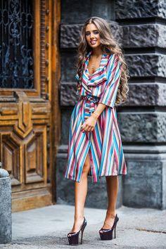 beautiful striping pattern minus those shoes World Of Fashion a5277c1d91a39