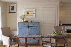 farmhouse family room by Justine Hand