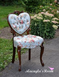 love the fabric on this chair....and the heart shape too...