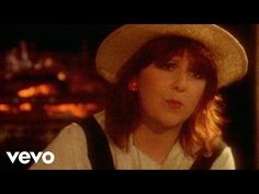Mike Oldfield - Moonlight Shadow ft. Maggie Reilly - YouTube