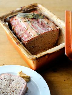 肉のうまみをぎゅっと濃縮! 混ぜて焼くだけの本格派ビストロメニュー|『ELLE a table』はおしゃれで簡単なレシピが満載!