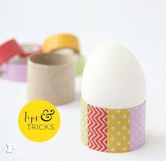 Visste ni att toarullar är perfekta att använda som äggkoppar? Se mer på Pysselbolagets hemsida!