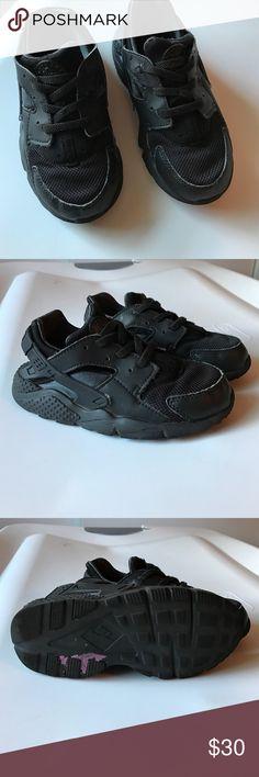 Black Nike huarache sneakers Children's black huarache sneakers. Lightly worn. Nike Shoes Sneakers