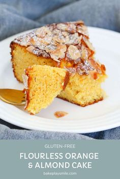A delicious andmoist flourless orange and almond cake made with whole oranges and almond meal! A simple gluten-free dessert! #orange #almond #flourless #glutenfree #cake #dessert #thermomix #conventional #recipe Orange Recipes, Almond Recipes, Baking Recipes, Cake Recipes, Snack Recipes, Dessert Recipes, Fruit Dessert, Vegan Recipes, Orange And Almond Cake