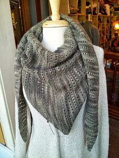 Ravelry: Project Gallery for Lacy Baktus pattern by Terhi Montonen