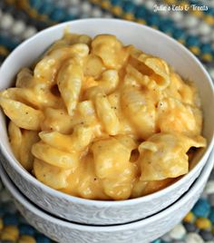 Slow Cooker Mac and Cheese - This mac and cheese recipe is creamy, easy, and eat-the-whole-batch good.
