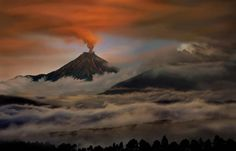 25 Incredible Photos of Volcanic Eruptions - SKYE on AOL