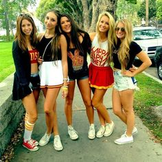 USC Theta College Sorority, Sorority Sisters, Sorority Life, College Outfits, College Girls, School Girl Outfit, Girl Outfits, Bff, Bestfriends