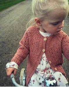 Anna's Summer Cardigan Fullt af fallegum uppskriftum