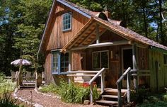 Enjoy your stay at this secluded 1 bedroom, 1 bathroom cabin in Harbor Springs, Michigan for your vacation getaway! This cabin provides linens, towels, fireplace, dining room, outdoor grill and so much more.  http://www.rentalago.com/vacation-rental-home.asp?PageDataID=84002 #vacation #vacationrentals #michigan #harborsprings #greatlakes