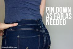 How to Take in your Jeans Waist - Step by Step Tutorial Sewing Hacks, Sewing Tutorials, Sewing Patterns, Sewing Tips, Sewing Jeans, Sewing Clothes, Altering Jeans, Altering Clothes, Tailoring Jeans