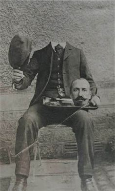 Before the Photoshop: Here Are 20 Creepy Headless Portraits From the Victorian Era ~ vintage everyday Bizarre Pictures, Creepy Photos, Old Pictures, Old Photos, Vintage Bizarre, Creepy Vintage, Victorian Halloween, Vintage Halloween, Victorian Photos