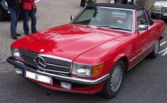Mercedes-Benz SL 350 R107 classic model